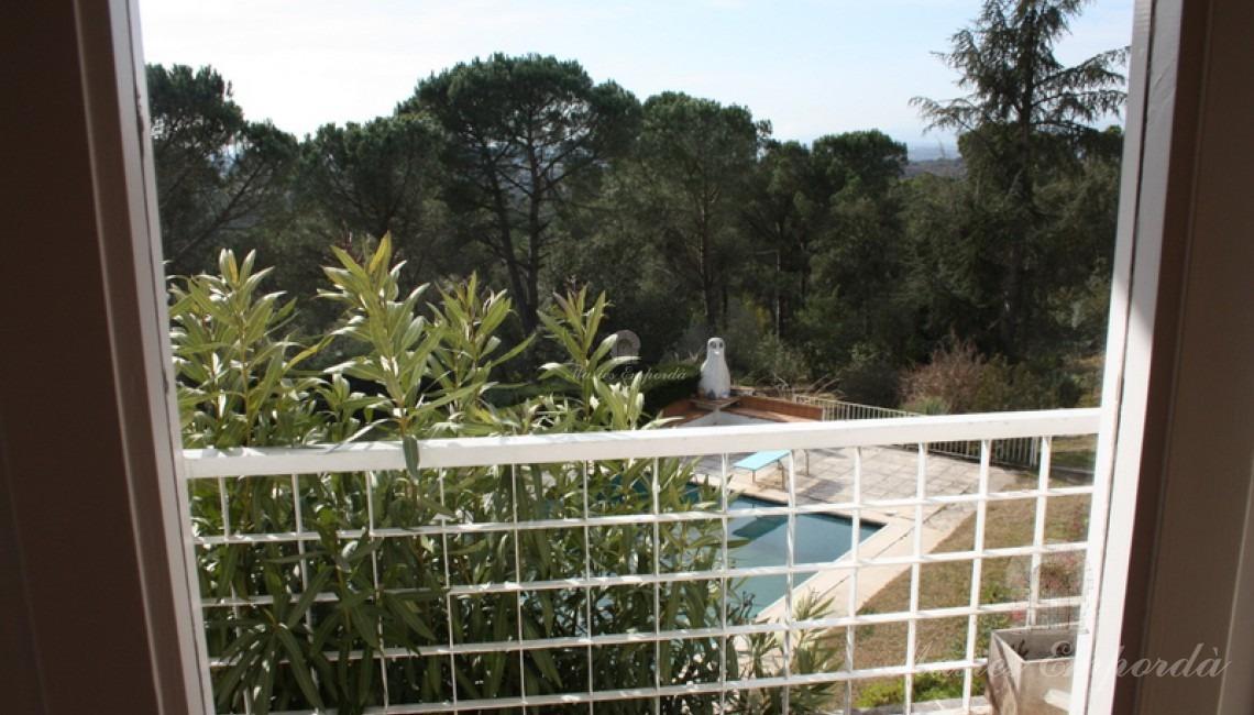 Vista desde la suite del jardín y la piscina