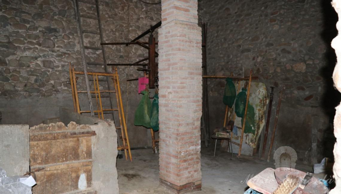 Interior de uno de los anexos
