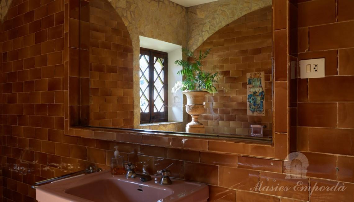 Unos de los baños de planta