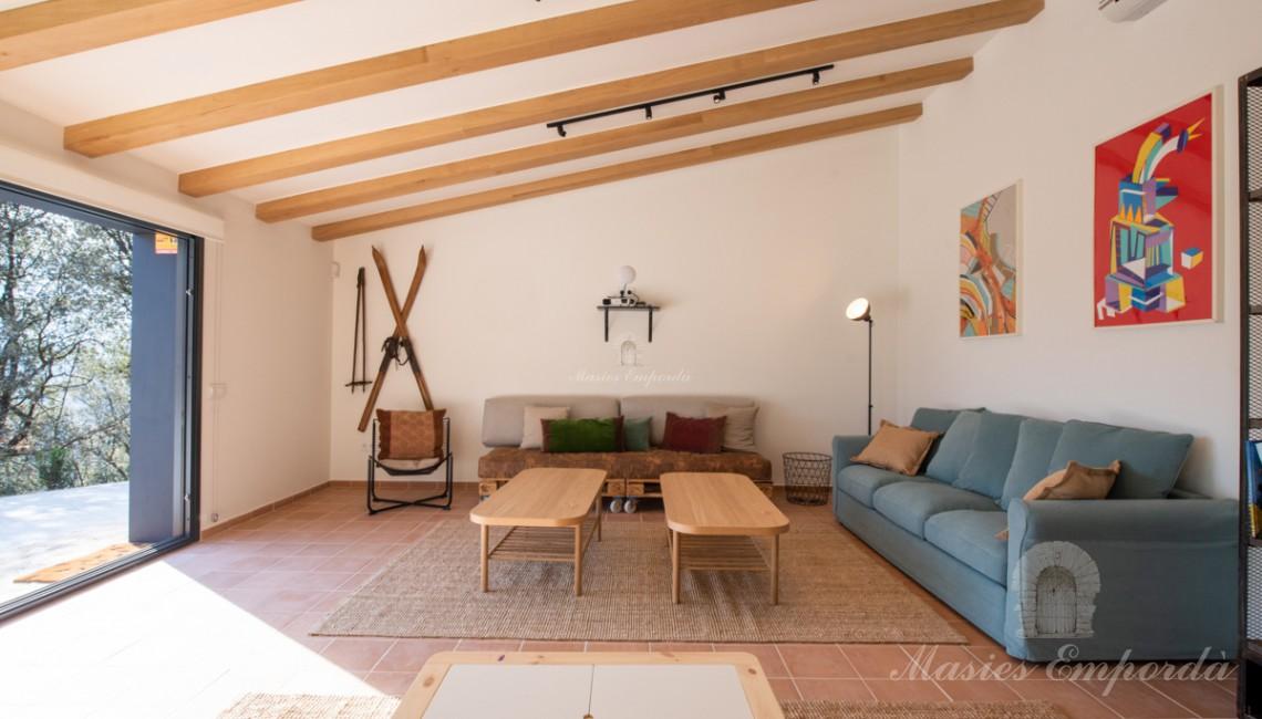 Interior del apartamento polivalente de la casa