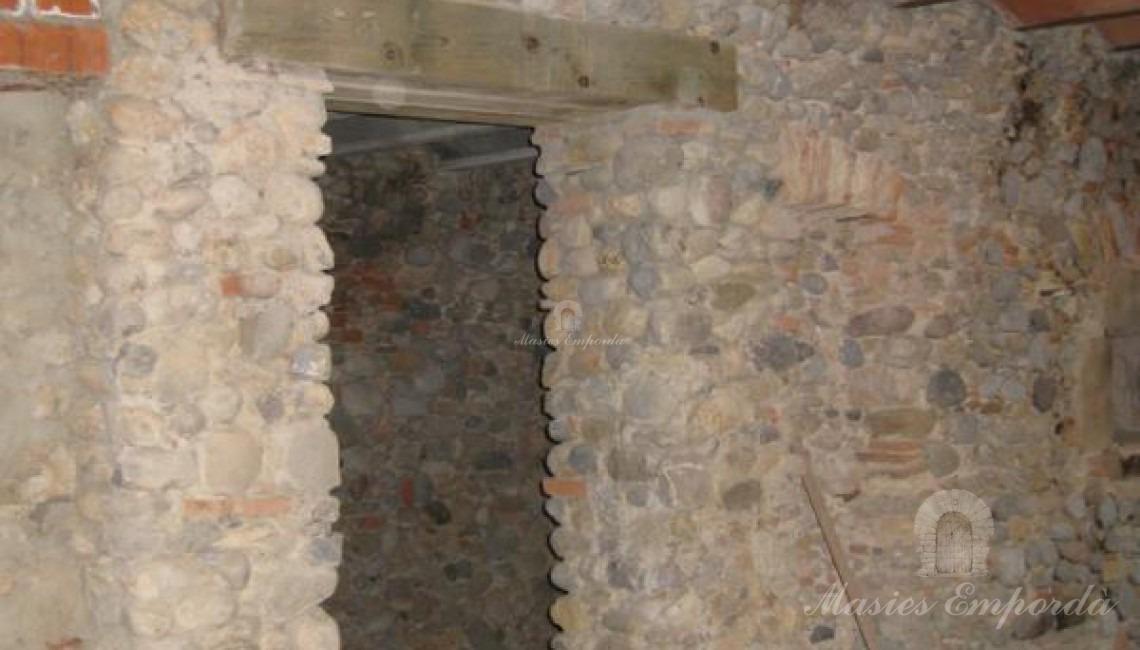 Detalle del salón planta baja con bobedella