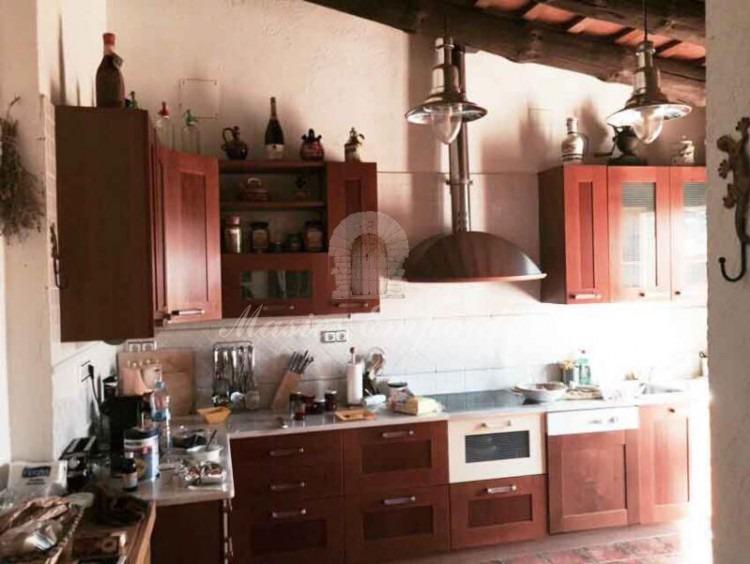 Vista de la cocina de planta